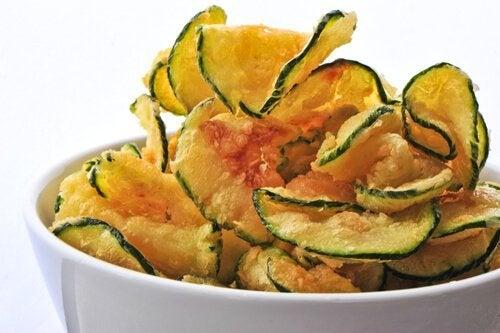 Chips di verdure: 3 deliziose ricette