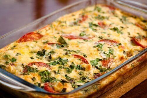 Gratin di pomodori e zucchine per fare il pieno di salute