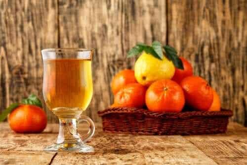 Infuso di bucce di mandarino: un rimedio per addormentarsi in 5 minuti?