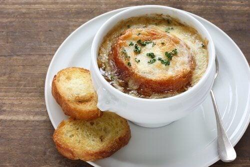 Piatto di zuppa