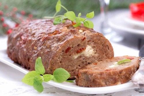 Come preparare un delizioso rotolo di carne ripieno