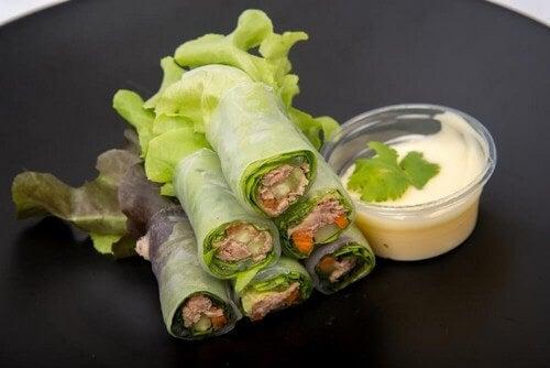 Wrap di lattuga, frutta e verdura: 3 ricette