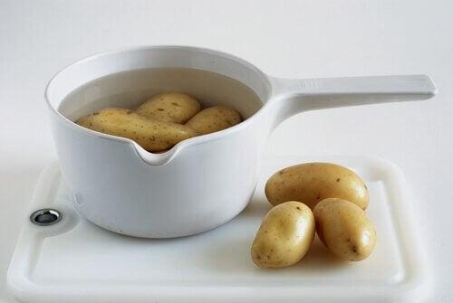 Acqua di patate