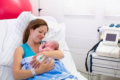 Riprendersi dal parto: utili consigli