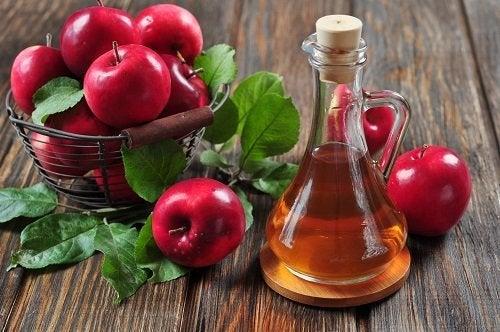 aceto di mele per combattere l'infezione sinusale