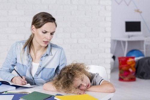 Deficit di attenzione nel bambino: come riconoscerlo