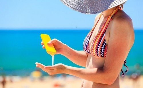 Cosa portare in spiaggia? Ecco cosa non può mancare