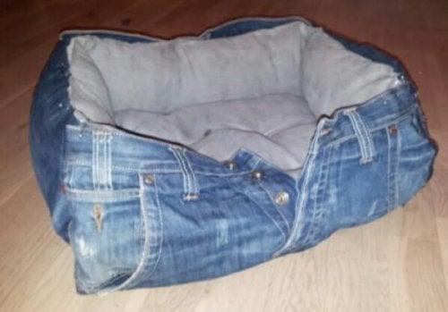 Cuccia di jeans