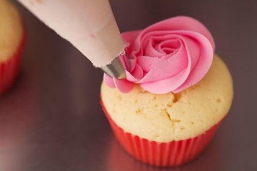 Cupcake alla fragola e vaniglia