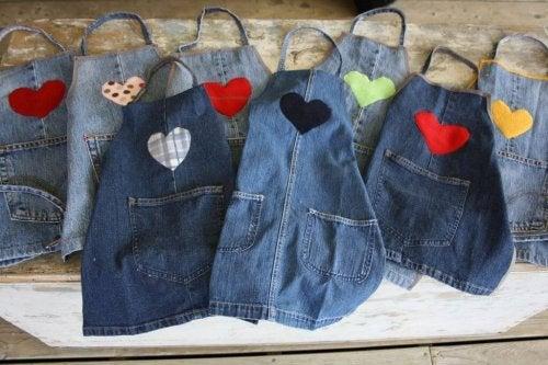 Grembiuli di jeans
