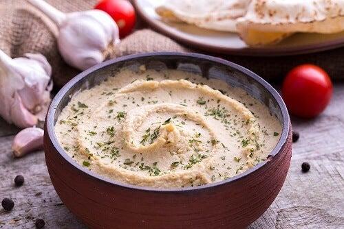 Hummus di ceci: ricetta light e vegana