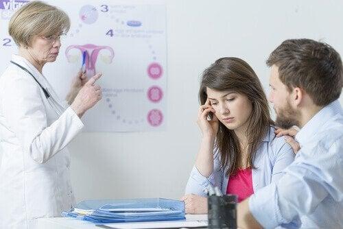 Coppia dalla ginecologa