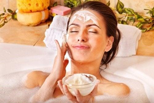 lavare la faccia con la quinoa come fare