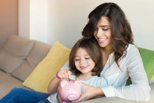 Insegnare a vostro figlio a non spendere soldi