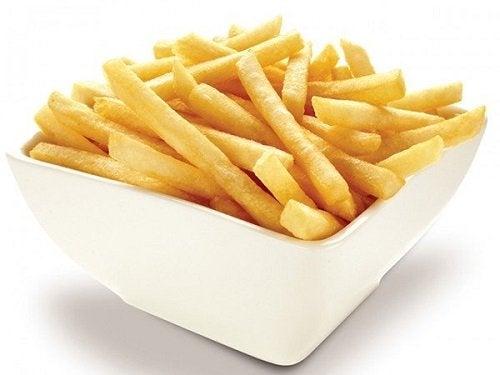 Trucchi per preparare patate fritte croccanti