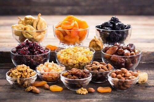 Ricette con la frutta secca: 3 piatti ricchi di sapore