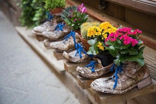 Riciclare le scarpe vecchie: 6 idee sorprendenti