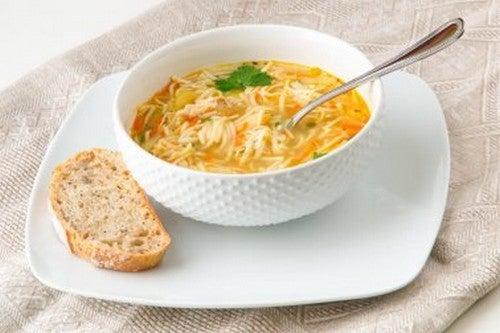 Spaghetti in brodo: ricetta sana e deliziosa