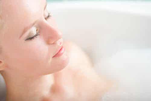 5 errori che commettiamo quando facciamo il bagno