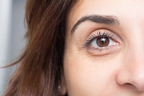 Borse e occhiaie: 10 infallibili consigli per evitarle