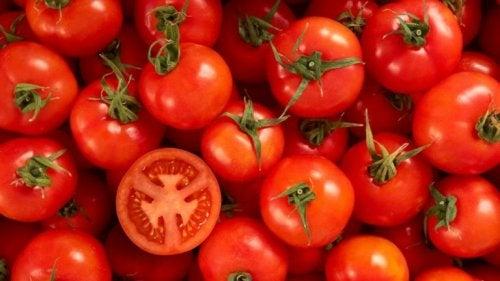 Pomodori per espellere le tossine