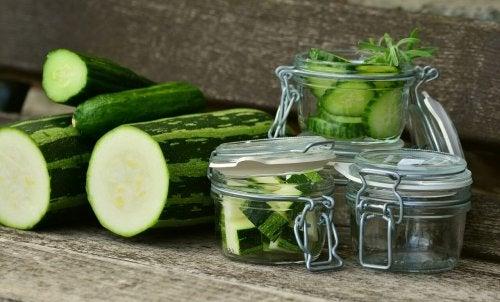 Zucchine per la cura delle unghie