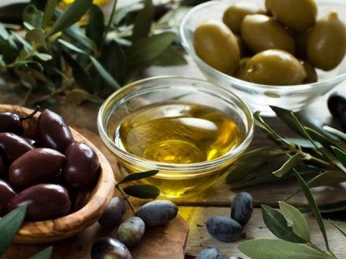 Maschere con olio di oliva