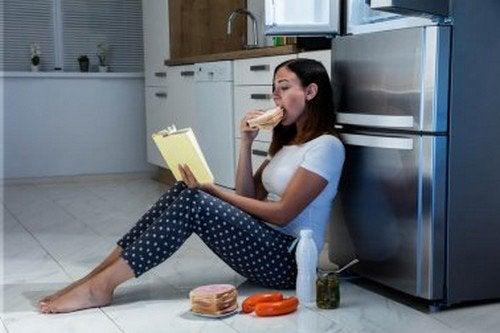 Differenze tra fame fisiologica e fame nervosa