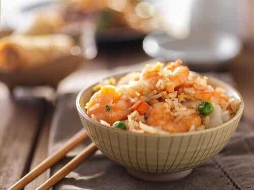 Come preparare il riso fritto