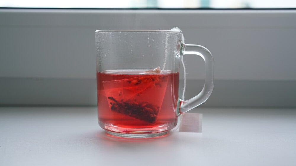 proprietà del tè rosso per perdere peso
