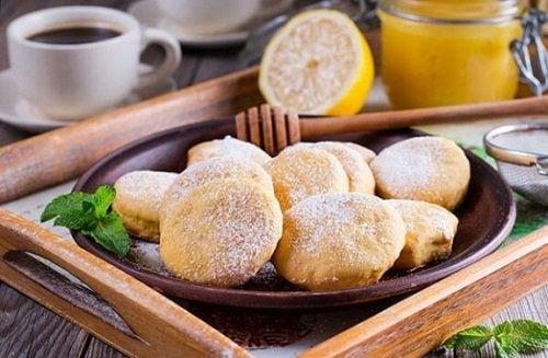 Deliziosa ricetta dei biscotti alla panna
