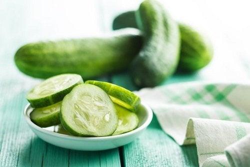 Benefici dei cetrioli dati da un consumo regolare