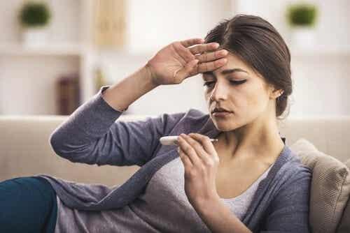 Abbassare la febbre con rimedi naturali