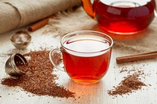 I benefici del tè rosso per la salute