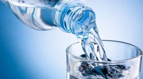 Acqua per rimedi naturali