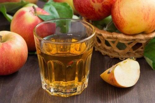 Bevanda a base di aceto di mele