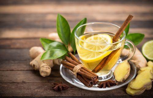 Zenzero e cannella per una bevanda contro la tosse