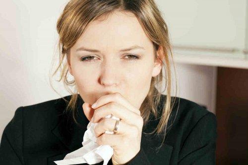 Combattere la tosse con zenzero e cannella