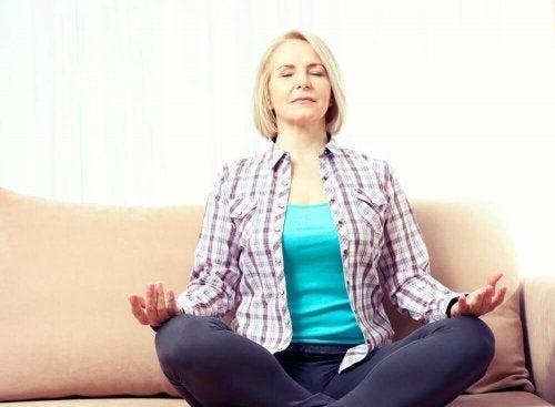 Donna in menopausa e la salute del cuore