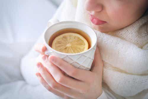 Calmare la tosse con pepe, chiodi di garofano e zenzero