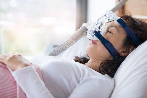 L'apnea notturna: sintomi e trattamento
