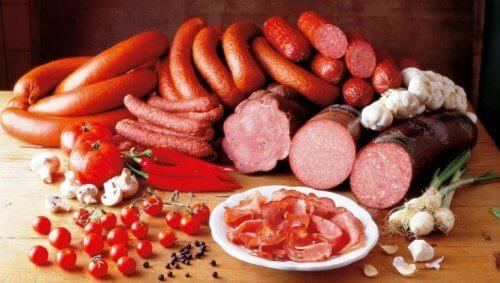 Salumi assortiti salsicce salami