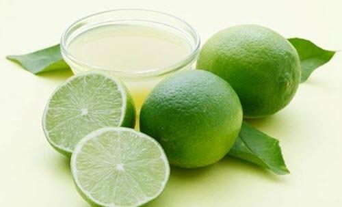 Succo di limone contro la micosi delle unghie