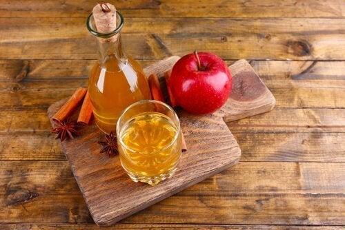 Aceto di mele biologico