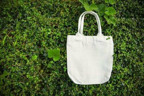 Realizzare una borsa per la spesa in stoffa