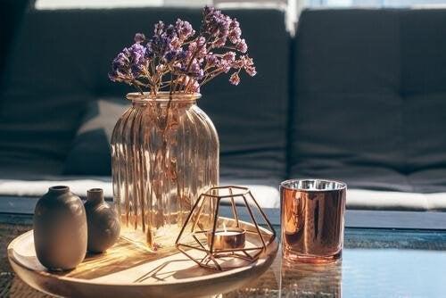 Caraffa decorativa pulire i vasi in vetro