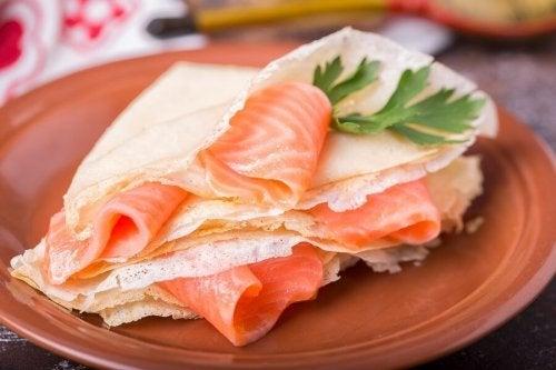 Blinis con salmone affumicato