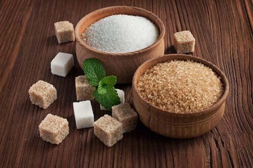 Zucchero nel cibo: come individuarlo e sostituirlo