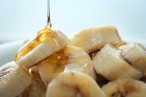 Maschere per il viso con banana e miele