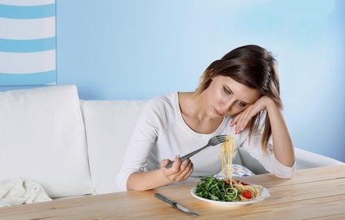 L'inappetenza è una delle abitudini nascoste delle persone depresse